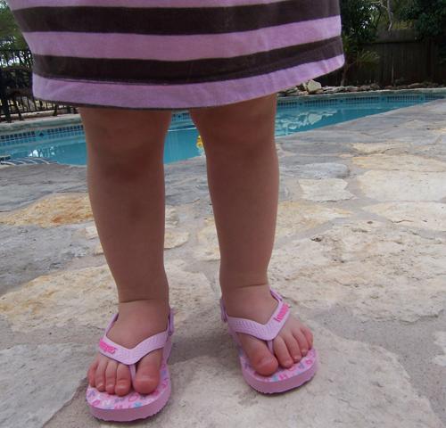 Natty Pool Toes