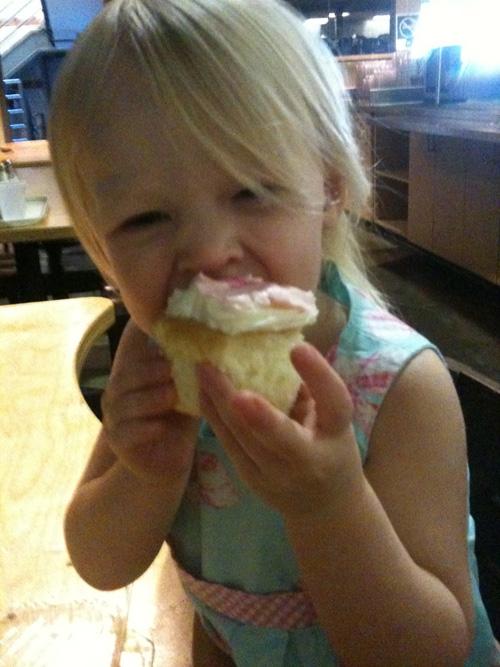 Natty Bribe Cupcake