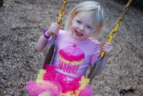 Natty CupcakeSwing2